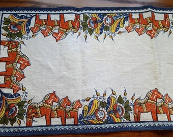 Vintage Swedish Table Linen