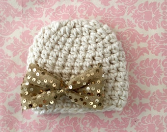 Chunky Cream beanie with large gold bow/ Newborn hat/ baby girl hat