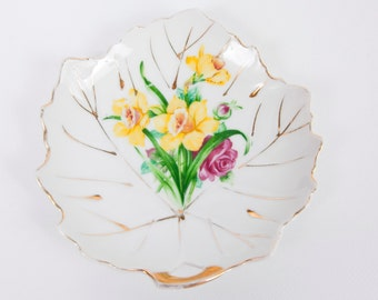 Vintage Leaf Shaped Tea Bag Plate Japan Gold Trim Porcelain Hand Painted Floral Lemon Wedge Plate