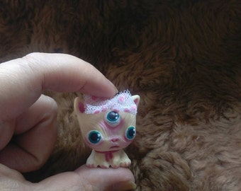 galaxy cat, resin doll. handmade painted G3. shipping free
