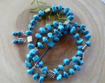 31 Inch Dark Turquoise Nugget and Silver Necklace with Earrings