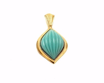 Vintage Pendent Blue Deco Shell Shape Gold Setting