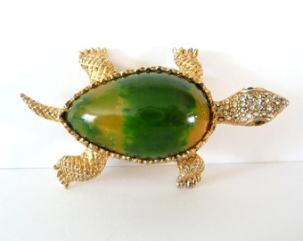 Signed Hattie Carnegie Turtle Brooch Pin Green Yellow Bakelite Belly Rhinestones Gold Tone Metal