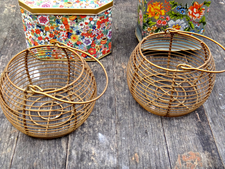 wire egg basket french basket french wire basket small. Black Bedroom Furniture Sets. Home Design Ideas