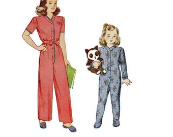 Simplicity 4545 Sewing Pattern 1940s Toddler Pajamas One Piece Romper Feetsie Pjs Union Suit Drop Seat Size 3 Boy Girl