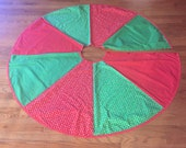 Vintage Handmade Red and Green Christmas tree skirt for holiday, christmas tree, decorations by MarlenesAttic