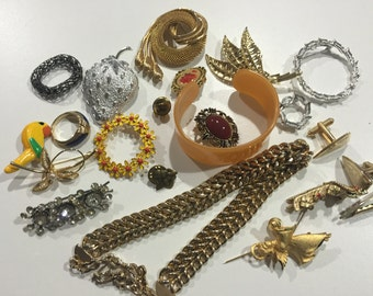 Jewelry lot vintage jewelry retro jewelry vintage beadsJewelry destash beaded jewelry chains jewels - lot of jewelry bead lot bead bracelets