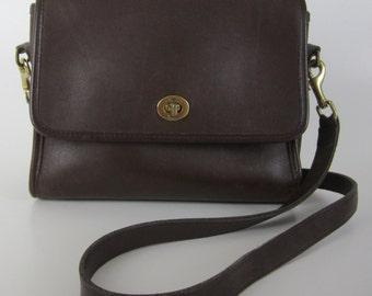 Vintage Coach Court Shoulder Bag - Brown Leather - 9870 - Made in USA - Classic - Handbag - Womens Fashion Designer Cross Body Bag - Purse