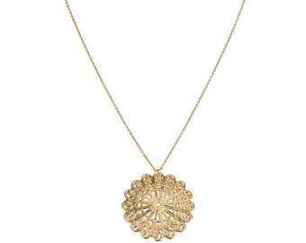 Delilah Pendant & Helen Chain Necklace