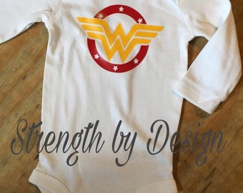 Wonder Woman Onesie,halloween vinyl tee,Wonder Woman Halloween Costume,Super Hero Onesie,Baby Boy Onesie,Fandom Newborn Gift