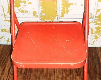 ON SALE Vintage Bright Orange Childs Folding Chair, Samsonite, Metal Chair, Chippy Paint, Home Decor, Outdoor, Childs Furniture