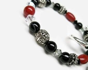 Black Onyx Bracelet handmade jewelry black bracelet womens toggle bracelet unique bracelets fashion bracelets beaded bracelets red coral