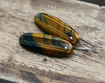Rustic Modern Tiger Eyes earrings n.226 - gemstones . contemporary . solitary tiger eyes gemstone . everyday wear . classic gem brown  drop