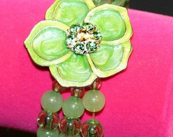 Beautiful Green Flower Bracelet