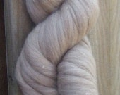 1 lb. Natural Medium Sandy Beige Polwarth, Un-Dyed Wool Sliver, 25.5 microns, roving spin felt dye knit doll craft fiber