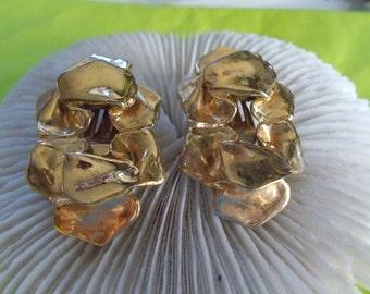Vtg Clip On Earrings-Gold Nugget Style Goldtones-C2471