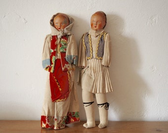 Antique Dolls - Traditional Greek Costume