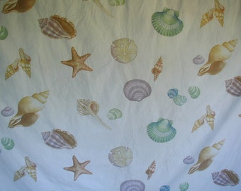 Vintage Duvet Cover with Matching Pillow Shams, Full-Double Bed Size, Seashell Print