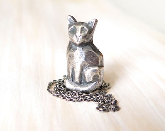 Cat Pendant, silver cat