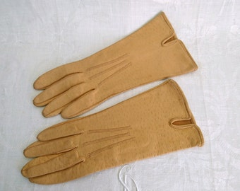 Leather Ladies Gloves, Pale Yellow, Vintage, Made in England, Size Six and Three Quarters