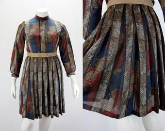 Large Vintage Dress - 1970s LG Tribal Dress - Pleated Paneled Skirt