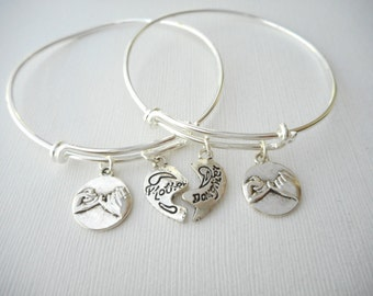 2 mother daughter, Pinky Promise Bangles (Set)/ Mother of the bride gift, Jewelry for mom, Mother and daughter, birthday gift, gift for her