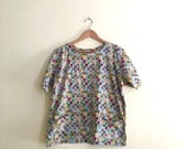 Vintage Patchwork Red & Yellow Print Pullover Top // Novelty Print Artist Smock Shirt // Festival // Hipster Top // Indie