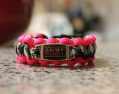 Army Sister Paracord Bracelet (Pink Charm)