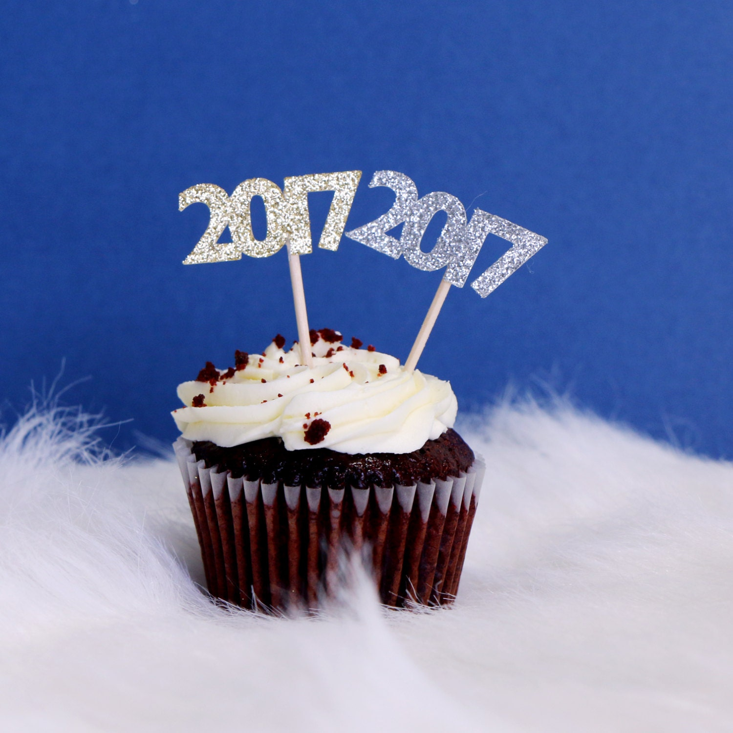 Cupcake Decorating Ideas For Seniors : 2017 Cupcake Toppers - Glitter - Graduation Party Decor ...