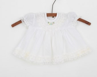 Vintage Newborn Baby Dress in White 0 to 6 months