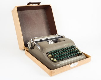 Smith-Corona Sterling Typewriter, Vintage Office Decor, Carrying Case Included