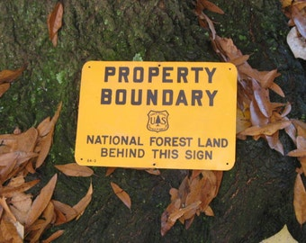 One sided METAL vintage Property Boundary Sign - National Forest Land - US Forest Service - SMALL