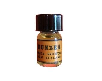 Kunzea Essential Oil (Kunzel, Kanuka), Kunzea ericifolia, New Zealand - 5/8 dram