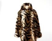 SALE Animal Print Jacket 1980s Vintage Faux Fur Tiger Print Coat Womens LARGE Warm Winter Coat Cat Print Fun Fur Double Breasted Coat Kent S