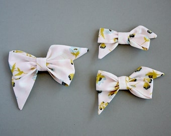"""The """"Mae"""" Pale pink floral bow headband or clip"""