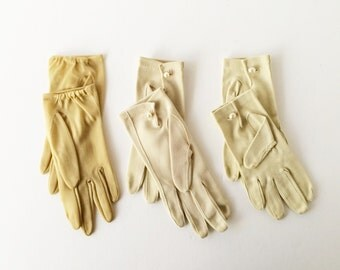 Vintage Gloves Beige Taupe Shimmery Gold, 1950s 1960s Shortie Cotton Nylon Gloves Size Small, Basic Short Gloves, Photo Stage Props