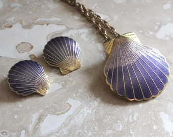 SITI necklace and earrings - seashell necklace and earrings - scallop seashell - purple seashell- Sanibel - 1980s jewelry - beach - ocean