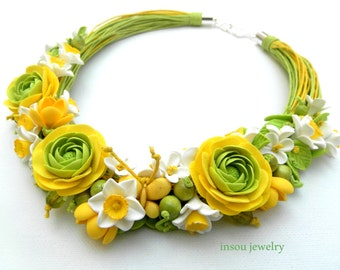 Flower Necklace,Spring Jewelry,Statement Necklace,Yellow Green,Roses,Floral Fashion,Gift For Her,Wedding Jewelry, Bridesmaid Gift,Ranunculus