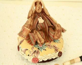 Primitive Rabbit - OOAK Pincushion - Hand Made Pin Cushion - Fiber Folk Art - Vintage Sewing Notions - Sewing Collectibles