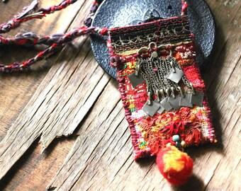 "Necklace textile: ""orange perfume"""
