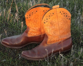 1930s hand tooled two tone shorty pee wee cowboy boots with florals and green diamond cutouts cloth pulls