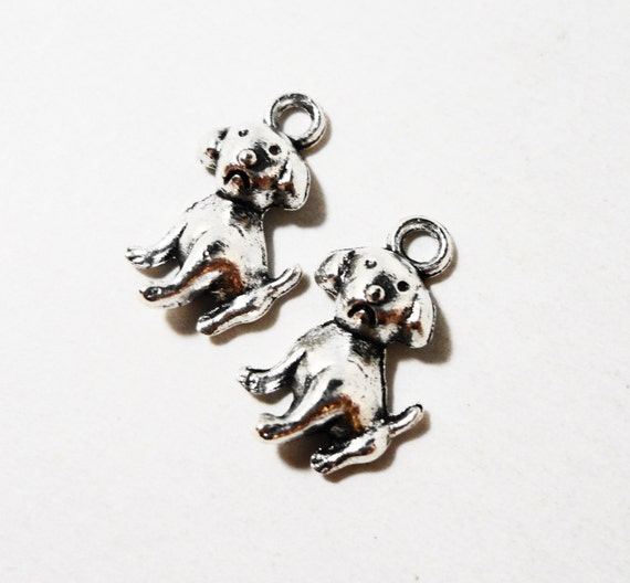 Silver Dog Charms 17x9mm Antique Silver Dog Charm, Tiny Dog Pendants, Pet Charms, Animal Charms, Labrador Charms, Puppy Charms, 10pcs