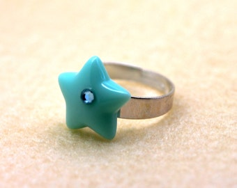 Mint green star ring with Swarovski Crystal diamante detail by MillyPops - Fairy key, pastel goth