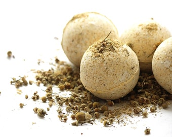 Chamomile Bath Bomb/ Bath fizzy / Gift for her