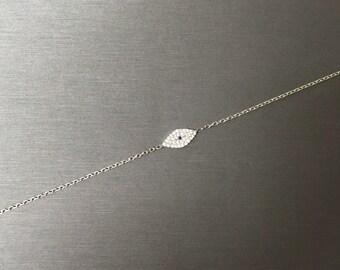 Modern Shiny Eye Bracelet-Silver