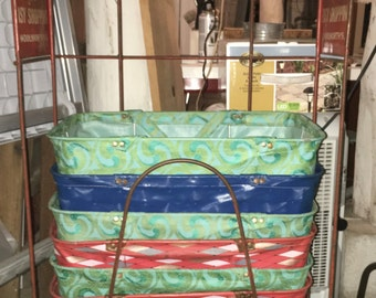 Mid Century Woolworth Shopping Baskets and Rack - Excellent Vintage Condition
