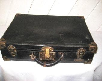 Black briefcase, vintage suitcase, luggage, black hard case, Excelsior, Fibre Case Co, New York, train case