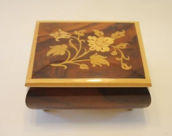 Music Box: Inlaid Wooden Floral Music Box Made in Italy
