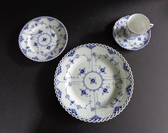 Royal Copenhagen Blue Fluted Open/Full Lace Service for 8. #'s 1084, 1087, 1035