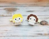 Star Wars Hair Clip Set/Luke and Leia Hair Clippie Set/Felt Star Wars Inspired Piggie Hair Clip Set/Toddler, Girls Hair Clip Set of 2